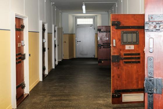 Knast-Hotel Übernachtung - 1 Nacht in der Zelle für 2 Personen 1 [article_picture_small]