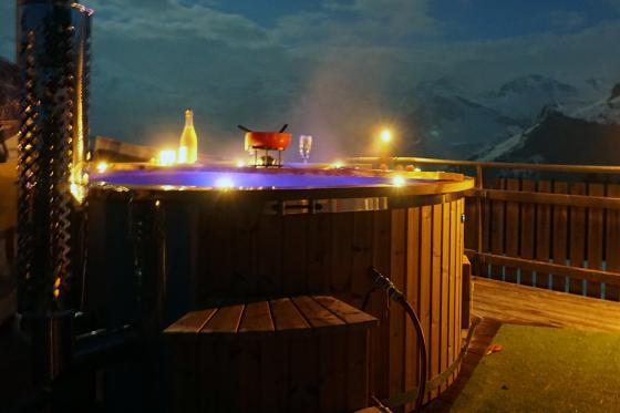 2 Nächte Bubble-Suite & Whirlpool - 2 Übernachtungen für 2 Personen 4 [article_picture_small]