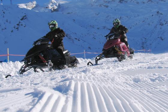 Motoneige & Fondue pour 2 - Action dans la neige à Engelberg 3 [article_picture_small]