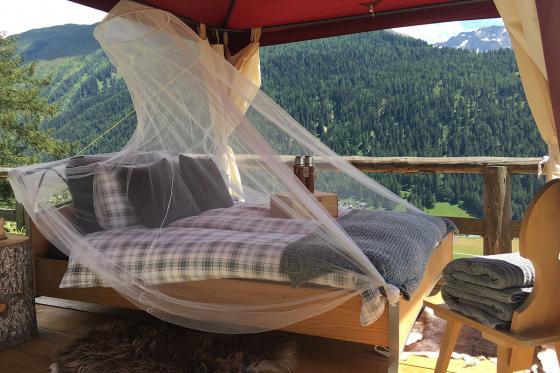 Glamping in den Walliser Bergen - Naturlodge für 2 Personen inkl. Frühstück und traumhaftes Panorama 1 [article_picture_small]