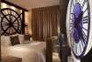 Romantik in Paris-Zimmer mit Whirlpool / Wochenende 2