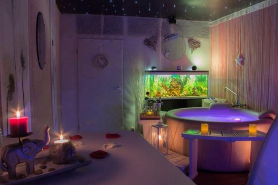 Spa privatif & repas - Tartare maison ou apéritif dînatoire au choix avec spa privatisé 7 [article_picture_small]