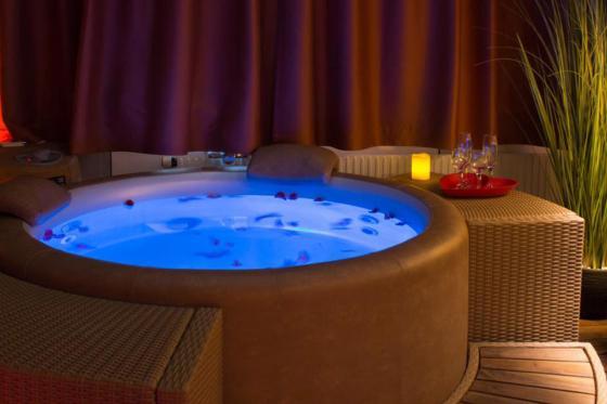 Spa privatif romantique  - Un moment de détente pour 2 personnes 6 [article_picture_small]