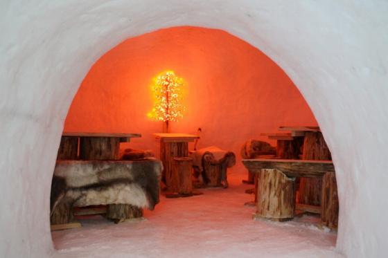 Menu Fondue dans un igloo -  Pour 2 personnes, à Leysin (VD) 4 [article_picture_small]