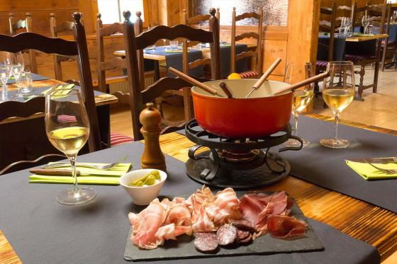 Fondue ou raclette & bains pour 2 - aux bains de Val-d'Illiez 13 [article_picture_small]