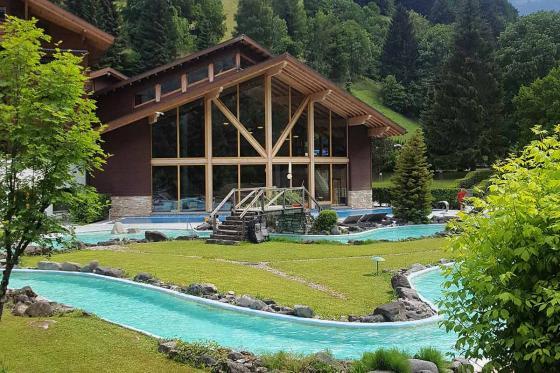 Séjour Découverte à Val-d'Illiez - 1 nuit pour 2 avec petit déjeuner et accès illimité au centre thermal 11 [article_picture_small]