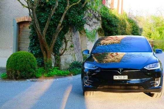 1 Tag Tesla mieten -  inkl. 250km Model X 100D 4 [article_picture_small]