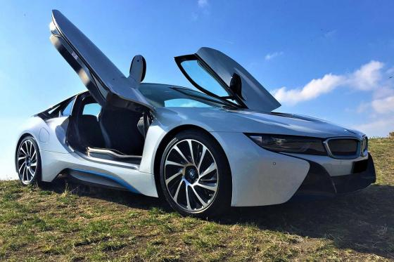 Location d'une BMW i8 - durant 6 heures, 150km inclus  [article_picture_small]