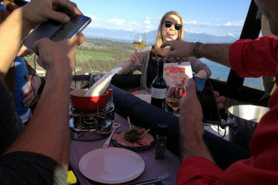 Vol en montgolfière & fondue - Offre de noël - pour 2 personnes, avec fondue au fromage à choix 2 [article_picture_small]