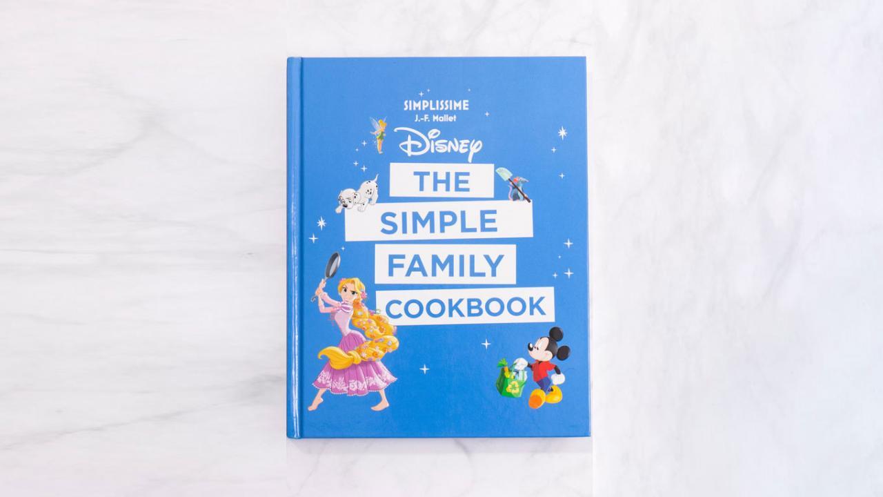 Livre De Cuisine Disney 100 Recettes A Realiser En Fam