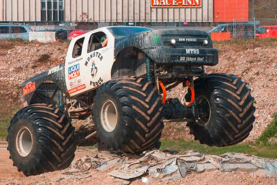 US Monster Truck  - selber fahren 1 [article_picture_small]