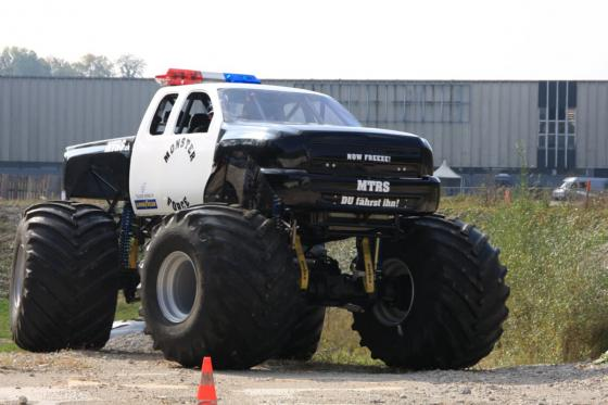 US Monster Truck  - selber fahren 3 [article_picture_small]