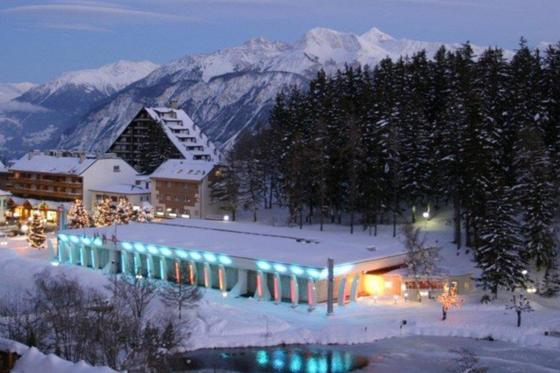 Casino royal à Crans-Montana - 1 nuit avec spa,  repas du soir au casino et jetons de jeux inclus 11 [article_picture_small]