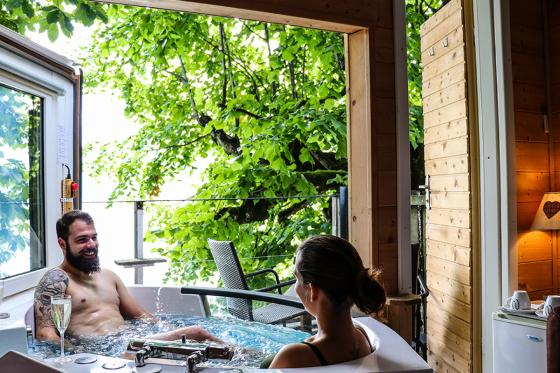 Baumhausübernachtung - mit ausfahrbarem Whirlpool, Frühstück & 4-Gang Abendessen 1 [article_picture_small]