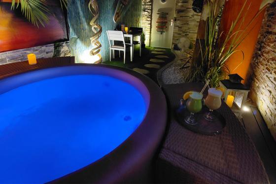 Spa privatif romantique - Moment de détente pour 2 personnes | Matin et après-midi 5 [article_picture_small]