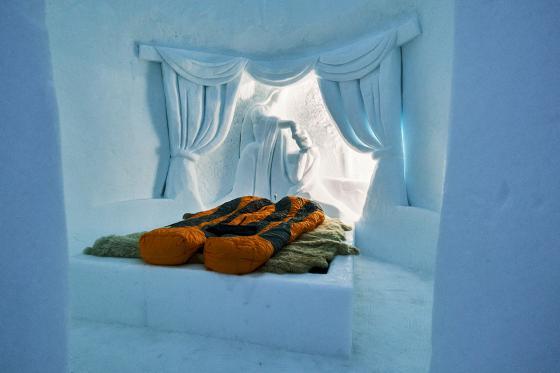 Romantik Iglu für 2 - in Davos, Zermatt oder Gstaad inkl. Fondueplausch 3 [article_picture_small]