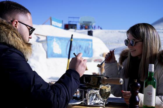 Romantik Iglu für 2 - in Davos, Zermatt oder Gstaad inkl. Fondueplausch 10 [article_picture_small]