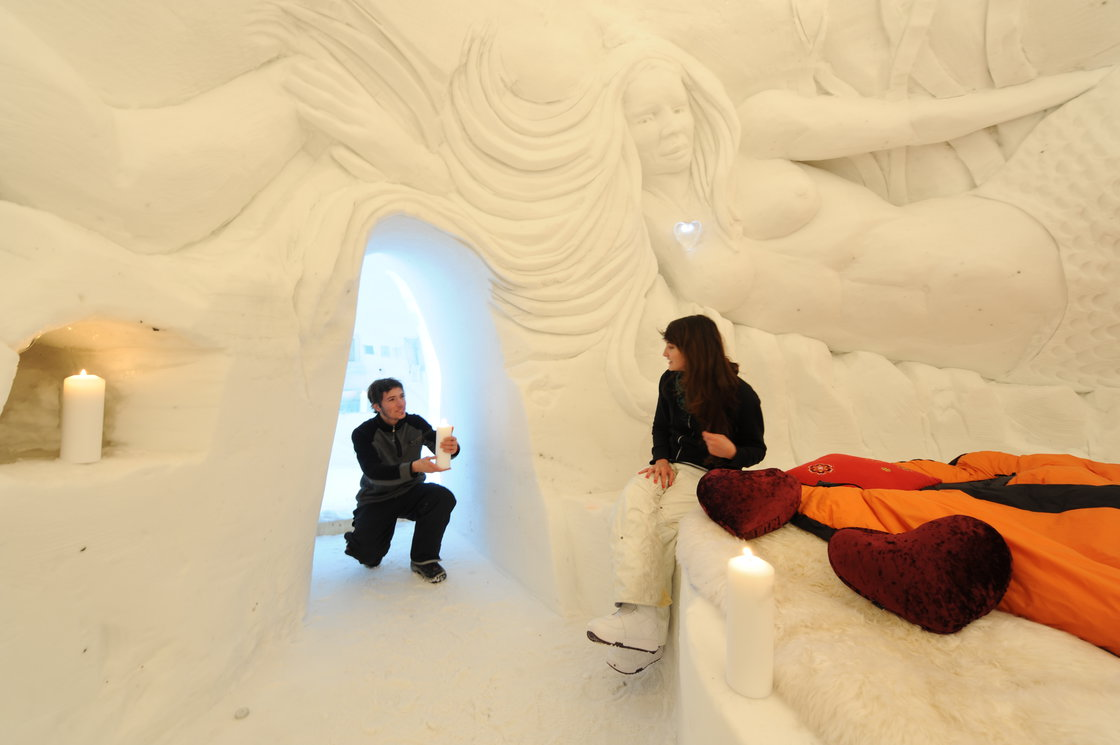 nuit dans un igloo pour 2. Black Bedroom Furniture Sets. Home Design Ideas
