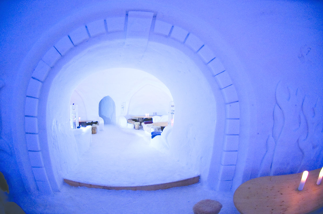nuit dans un igloo pour 2. Black Bedroom Furniture Sets. Home Design Ideas