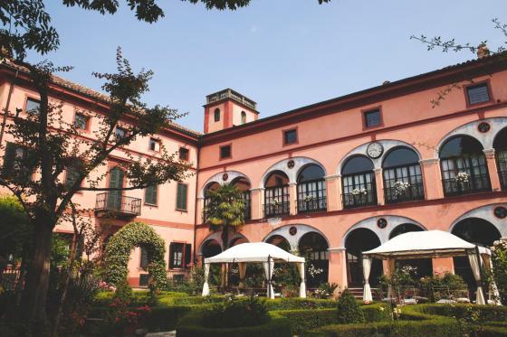 Übernachtung mit Charme  - in Italienischer Villa  [article_picture_small]