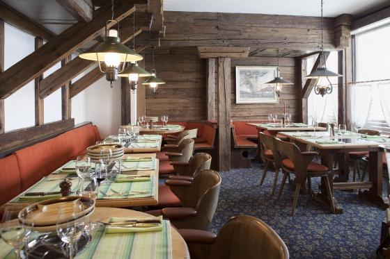 DAVOS: Hotel & Skipass - Kurzurlaub für zwei Personen 2 [article_picture_small]