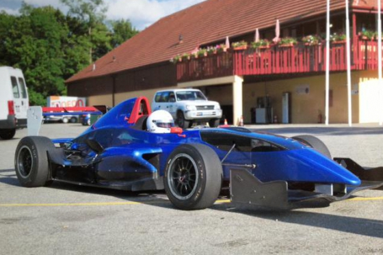 Ferrari, Lamborghini & Rennauto - 8 Runden auf der Rennstrecke fahren 3 [article_picture_small]