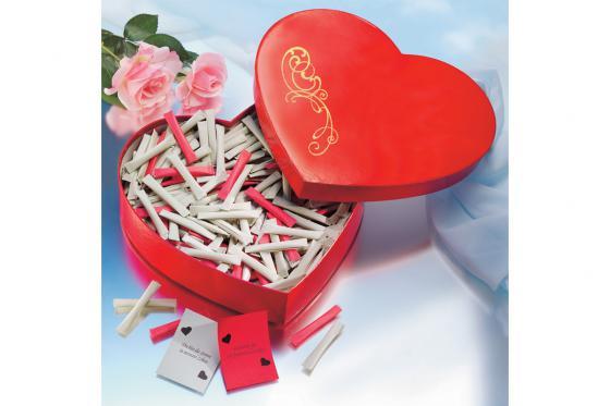 Herzbox mit Gravur - mit 365 Liebesbotschaften 1