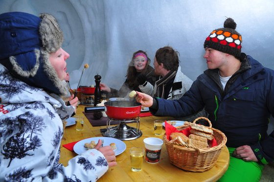 Iglu Übernachtung - in Gstaad inkl. Fondue 8 [article_picture_small]