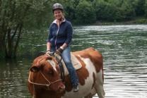 Kuh Trekking durch die Natur - kleine Tour