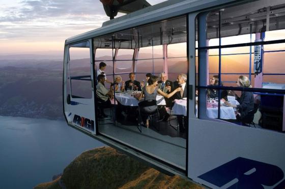 Schwebendes Restaurant für 2 - Atemberaubendes Dinner auf der Rigi  [article_picture_small]