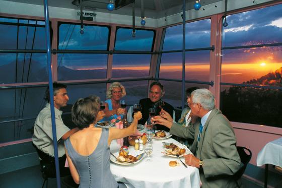 Schwebendes Restaurant für 2 - Atemberaubendes Dinner auf der Rigi 2 [article_picture_small]