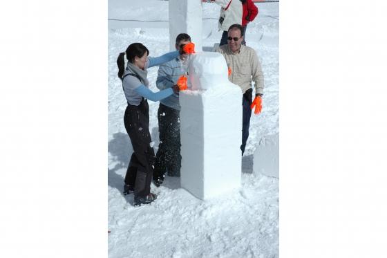 Schneeskulpturen selber machen - Schnupperstunde im Iglu-Dorf 1 [article_picture_small]