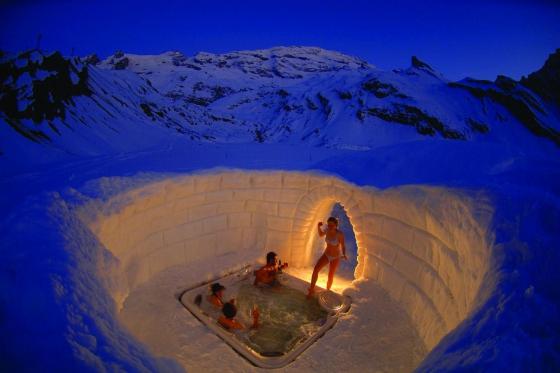 Iglu Übernachtung Family - inkl. Fondue & Schneeschuhtour 5 [article_picture_small]