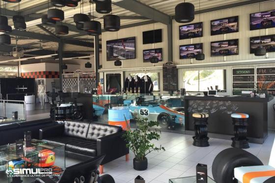 Simulateur de course auto en VR - 40 minutes de plaisir avec réalité virtuelle en option 7 [article_picture_small]