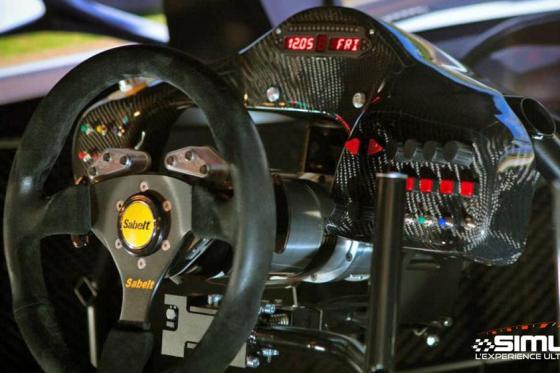 Simulateur de course auto en VR - 1 heure de simulation avec réalité virtuelle en option 4 [article_picture_small]