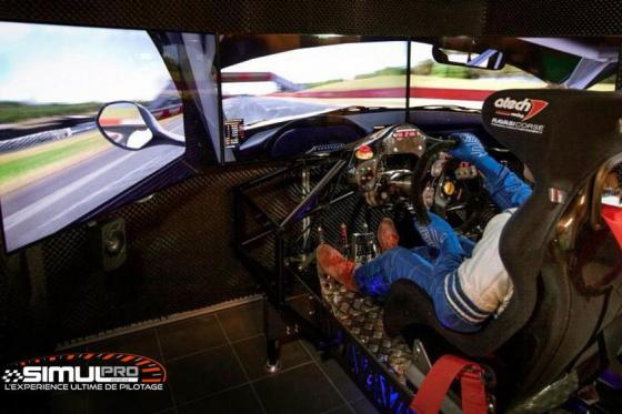 Simulateur de course auto en VR - 1 heure de simulation avec réalité virtuelle en option 5 [article_picture_small]