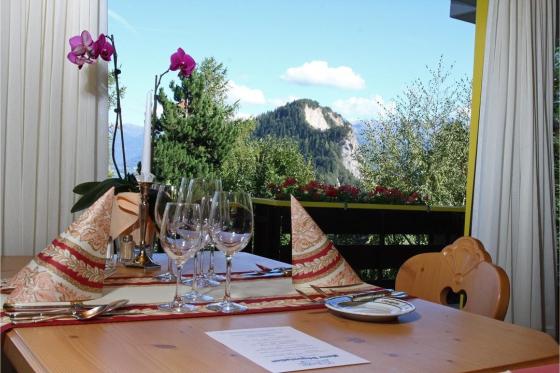 Séjour à l'Hôtel de l'Ardève - Accès libre aux Bains d'Ovronnaz + repas | 2 personnes 5 [article_picture_small]