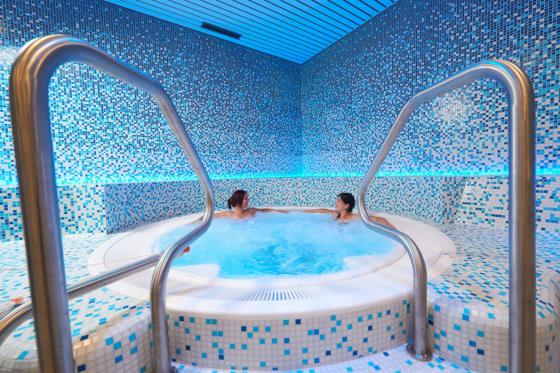 Day Spa pour 2 - Bains d'Ovronnaz, Wellness + Repas 3 [article_picture_small]