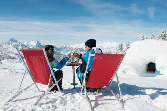 Iglu-Nacht & Gleitschirmfliegen - für 2 Personen in Davos 11 [article_picture_small]