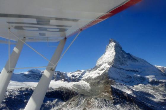 Vol panoramique - dans les Alpes valaisannes  [article_picture_small]