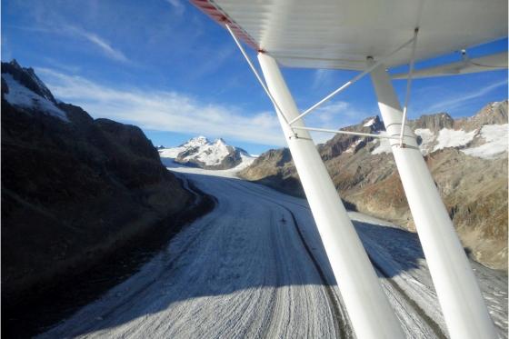 Vol panoramique - dans les Alpes valaisannes 3 [article_picture_small]
