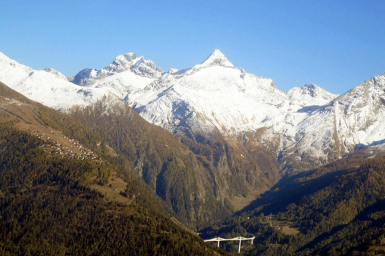 Vol panoramique - dans les Alpes valaisannes 5 [article_picture_small]
