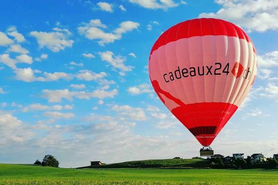 Vol en montgolfière - Pour deux + photos offertes!  [article_picture_small]