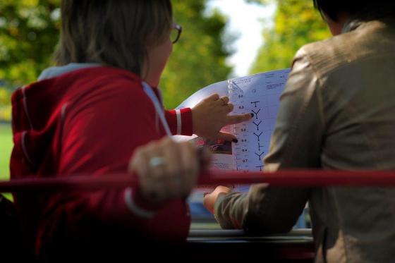 1/2 journée de fun en 2CV - Rallye touristique pour 2 ou 3 personnes 3 [article_picture_small]