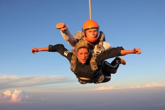Saut en parachute à Neudorf - Durant la semaine - du lundi au vendredi 2 [article_picture_small]