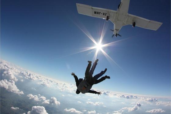 Saut en parachute à Neudorf - Durant la semaine - du lundi au vendredi 4 [article_picture_small]