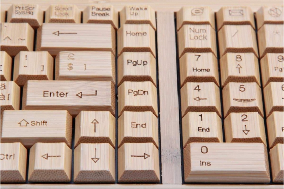 Bambus Tastatur - mit Funkmaus 3