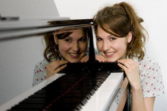 12 Monate Klavierkurs - Deluxe-Paket inkl. Pianoclub-Mitgliedschaft  [article_picture_small]