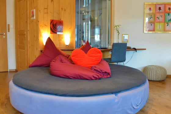Loveroom avec jacuzzi - Romantisme pour 2 2 [article_picture_small]