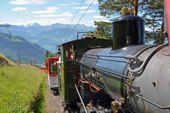 Voyage en train à vapeur - sur la reine des montagnes (pour personnes sans abonnements CFF)  [article_picture_small]